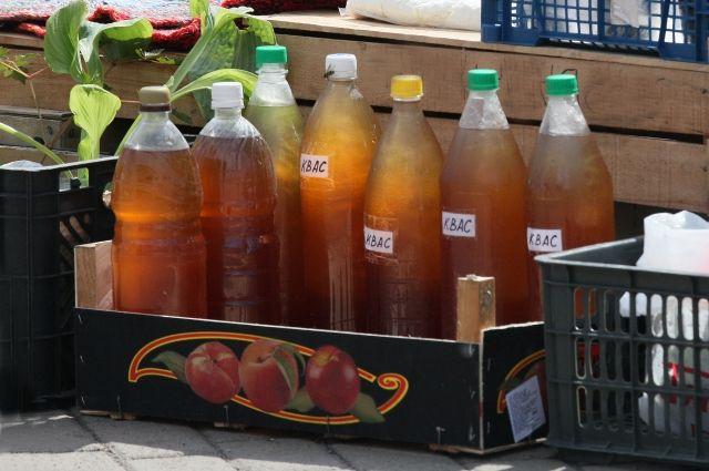 Бутылки с медовым квасом