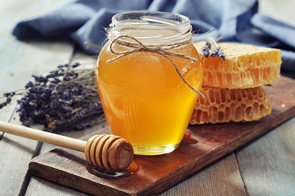 Мед в горшочке