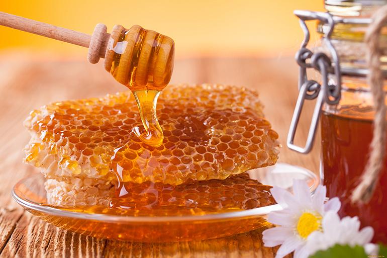 Соты с медом