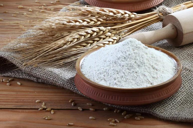 Мука из зерен пшеницы